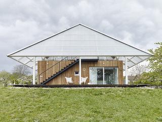 Dom so skleníkom