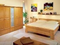 Dvojlôžková posteľ E-180 z