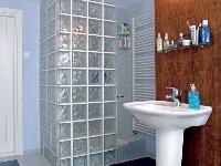 Sprchovací kút so stenami