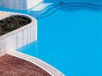 Vďaka povrchovej úprave bazénovej