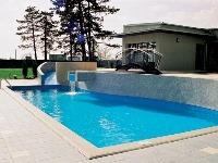 Aj bazén s jednoduchým