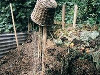 MOZ_212, záhrada, kompost