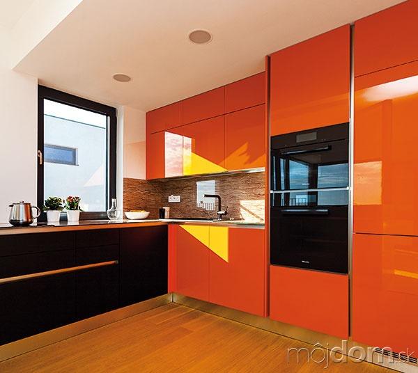 706f21f1f3c7f Kuchyňa, do ktorej sa jej majitelia zamilovali na prvý pohľad ...