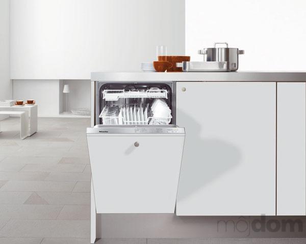 Plne integrovaná umývačka riadu