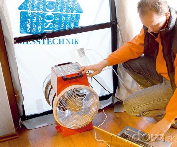 Test vzduchotesnosti pasívneho domu