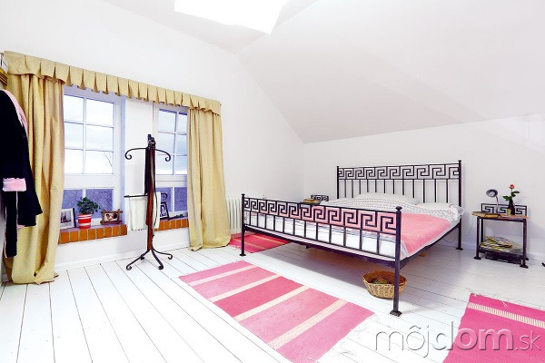 Železný nábytok do spálne