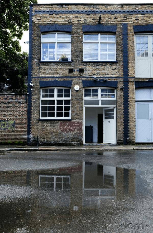 dom, ktorý šetrí priestorom