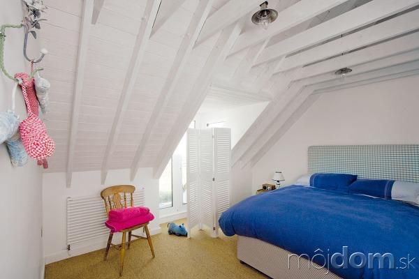 Spálňa pre hostí je