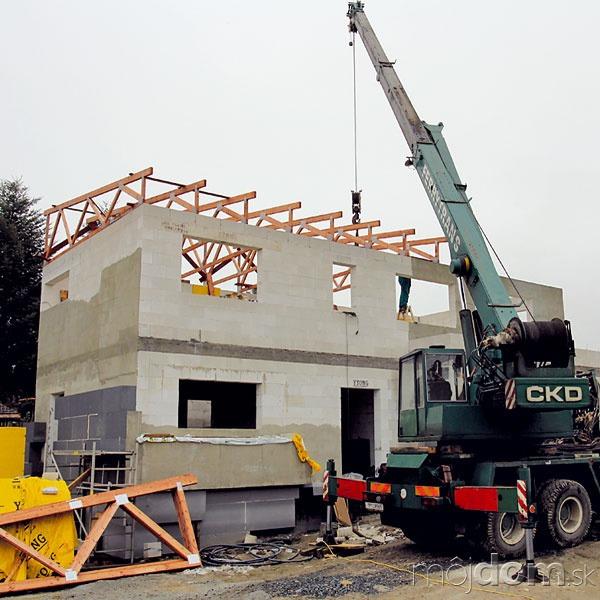 Strecha má konštrukciu zdrevených