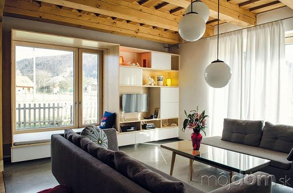 Obývacia izba rodinnej časti