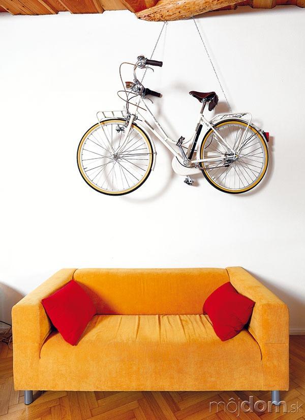 Slávnostný bicykel zavesili na