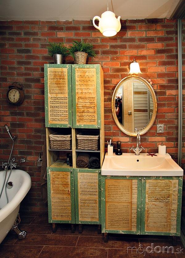 Čajová kúpeľňa. Noty zantikvariátu