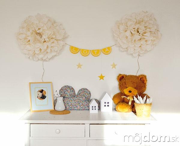 Papierové či látkové dekorácie