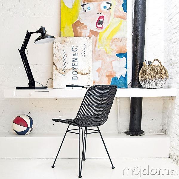Ručne vypletaná ratanová stolička