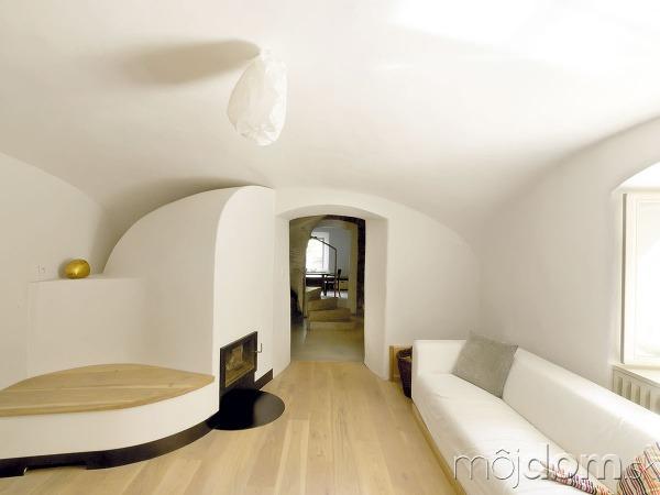 Staromilský minimalizmus. Obývačka skachľovou