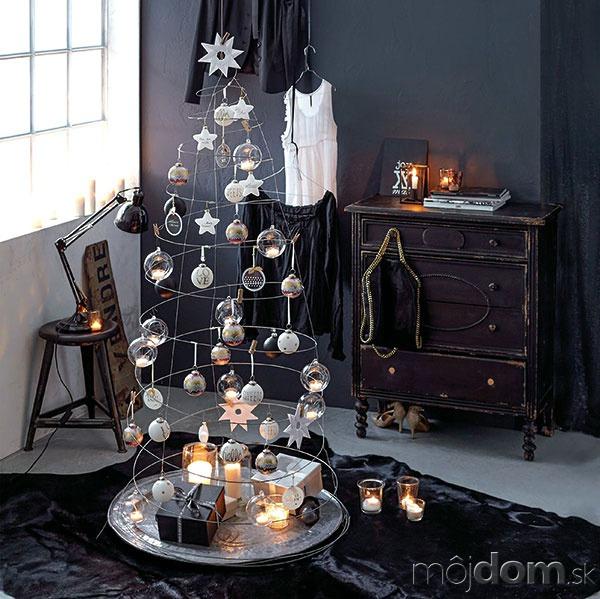 Vianočný duch. Kovová struna