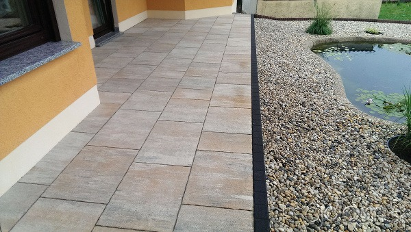Veľké formáty betónovej dlažby