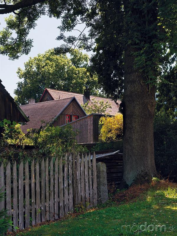 Exteriér pôvodnej časti domu