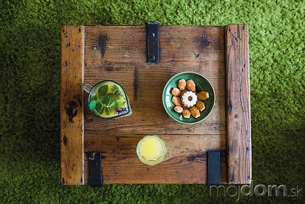 Ako príručný stolík vobývačke