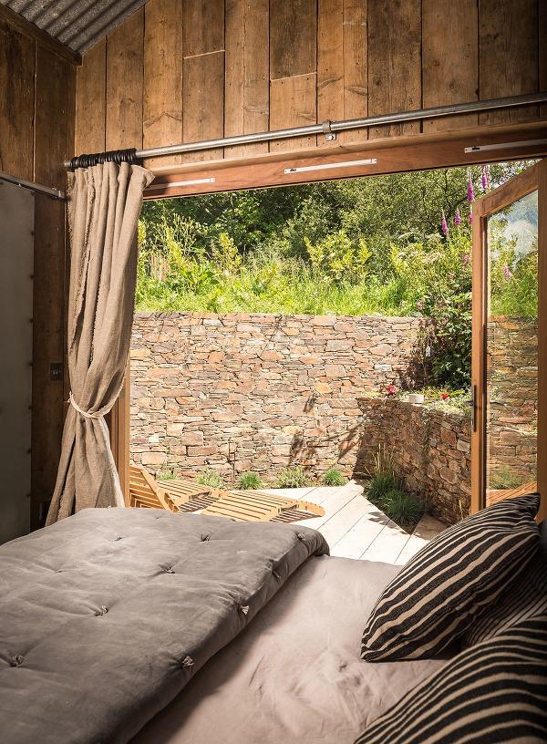 Krásne zrekonštruovaná chata: Rustikálny