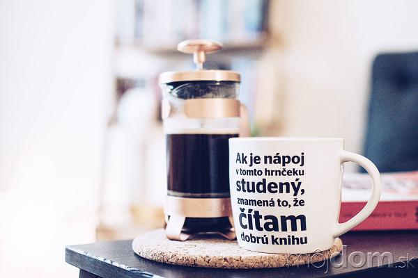 Káva a knihy. Dve