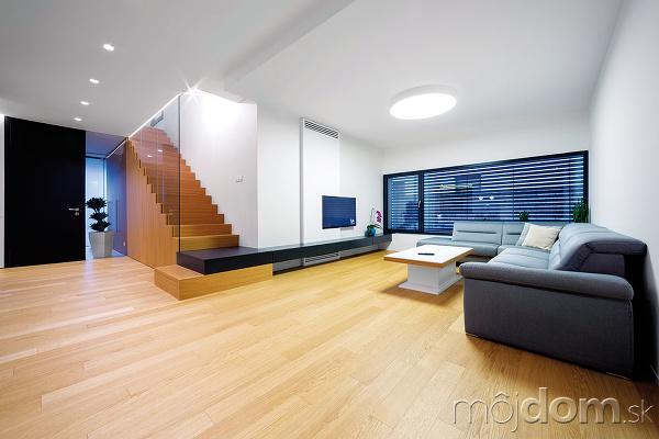 Veľká zasklená plocha vobývačke
