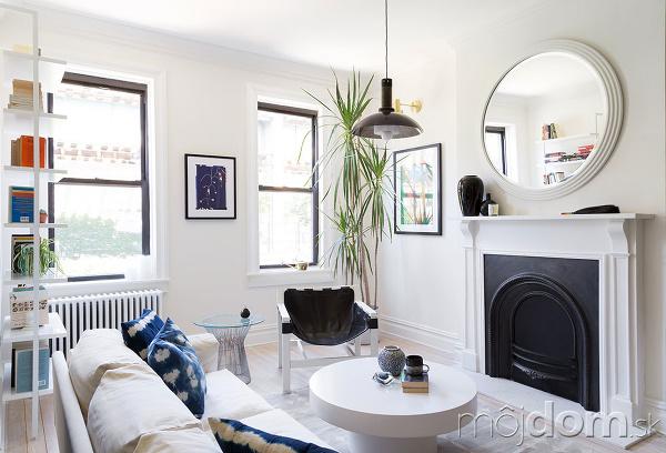 fadf6335771b Moderný interiér v štýle vintage  Fascinujúca hra bielej s tmavomodrou