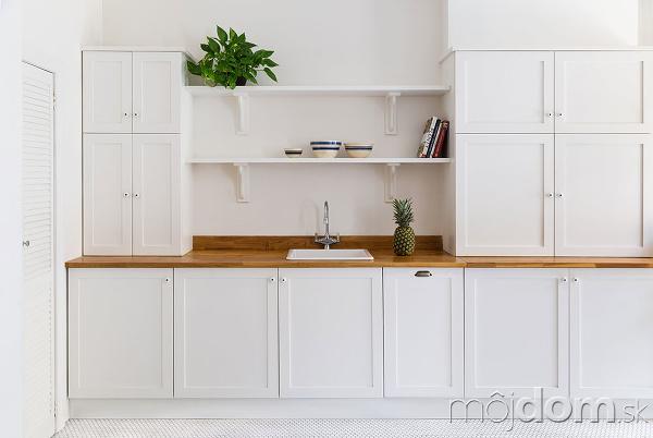 b97b2acad059 Moderný interiér v štýle vintage  Fascinujúca hra bielej s ...