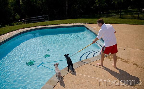 Ako pripraviť bazén na