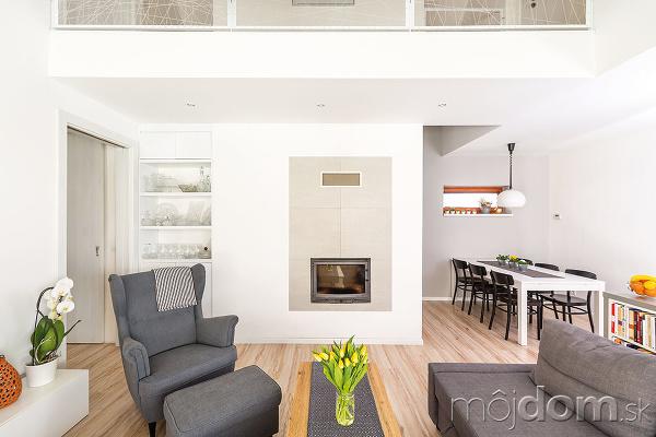 Obývačka je plošnou výmerou