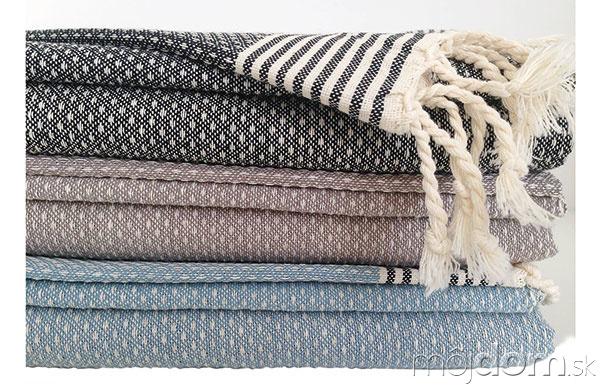 Ručne tkaný na tradičných