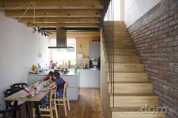 Rodinný dom s podjazdom: