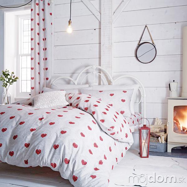 Nefalšovaná romantika Srdiečkové posteľné