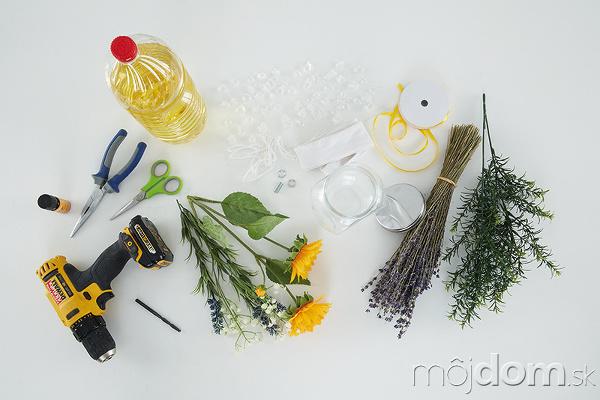 PRIPRAVÍME si sklenenú nádobu