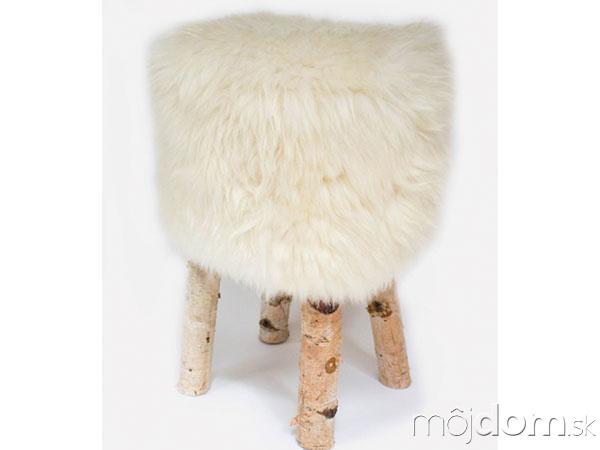 Luxusné kreslo zbielej ovčej