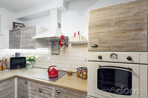 Vlastnoručná premena kuchyne: Ako