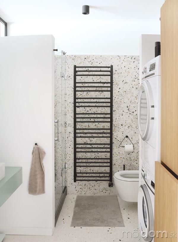 Kúpeľňu vo vstupnej časti