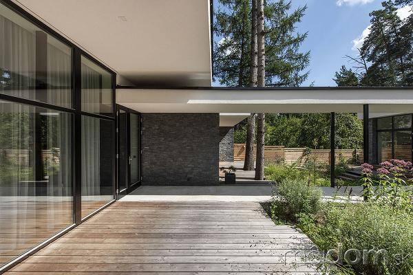 Dom s unikátnym premostením: