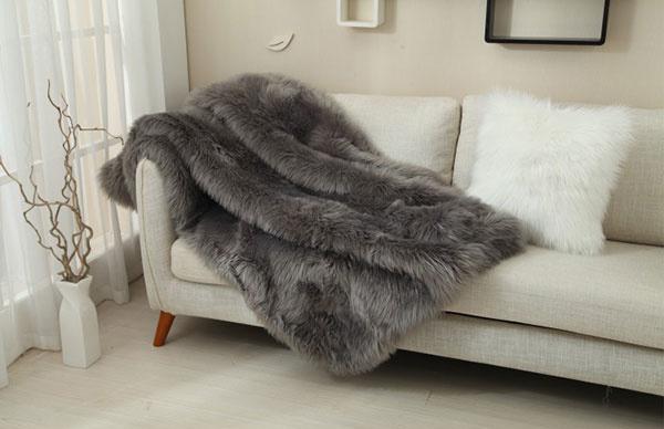 1× Kožušinová deka