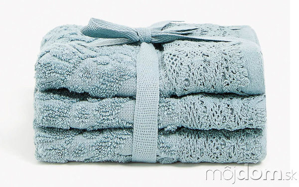 Súprava troch uterákov sčipkovaným