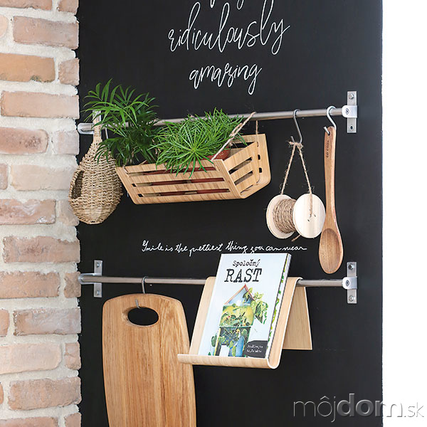 Bočnú stenu kuchynskej linky