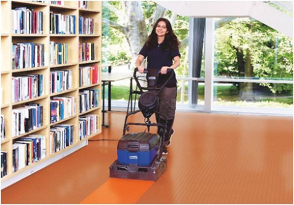 Správna údržba podlahy predĺži