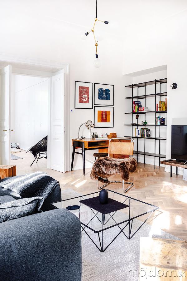 Obývačka sa kúpe vzáplave