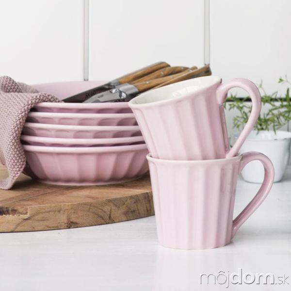 ružové šálky n kávu