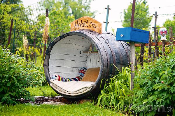hobitín v záhrade