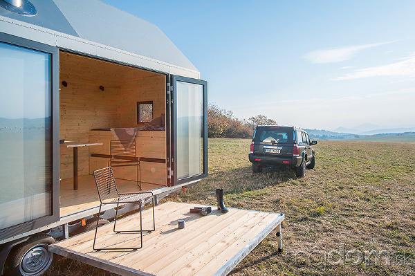 Mobilný dom so sedlovou