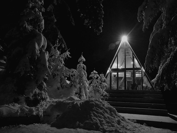 chata v zime