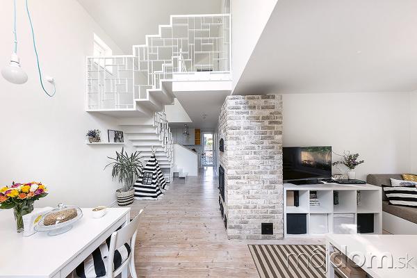 Pec, schodisko aneštandardná výška