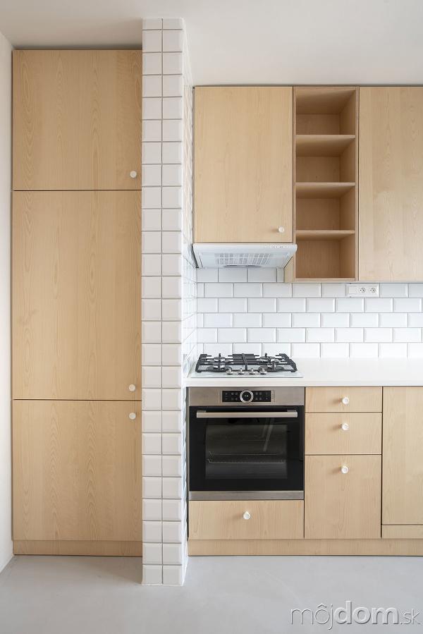 kuchyňa so skrinkou