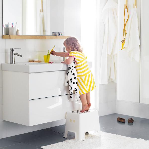 DOSPELÁCKA KÚPEĽNA deťom ergonomicky